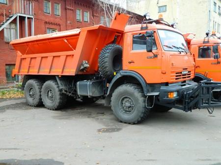 Машина комбинированная уборочная МД-65111