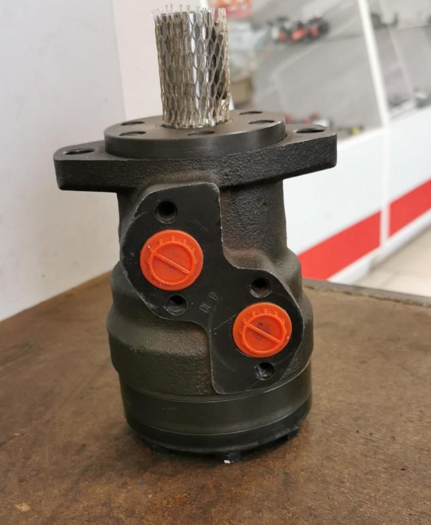 Гидромотор щетки подборщика  MR-125